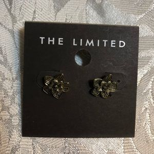 The Limited Flower Earrings